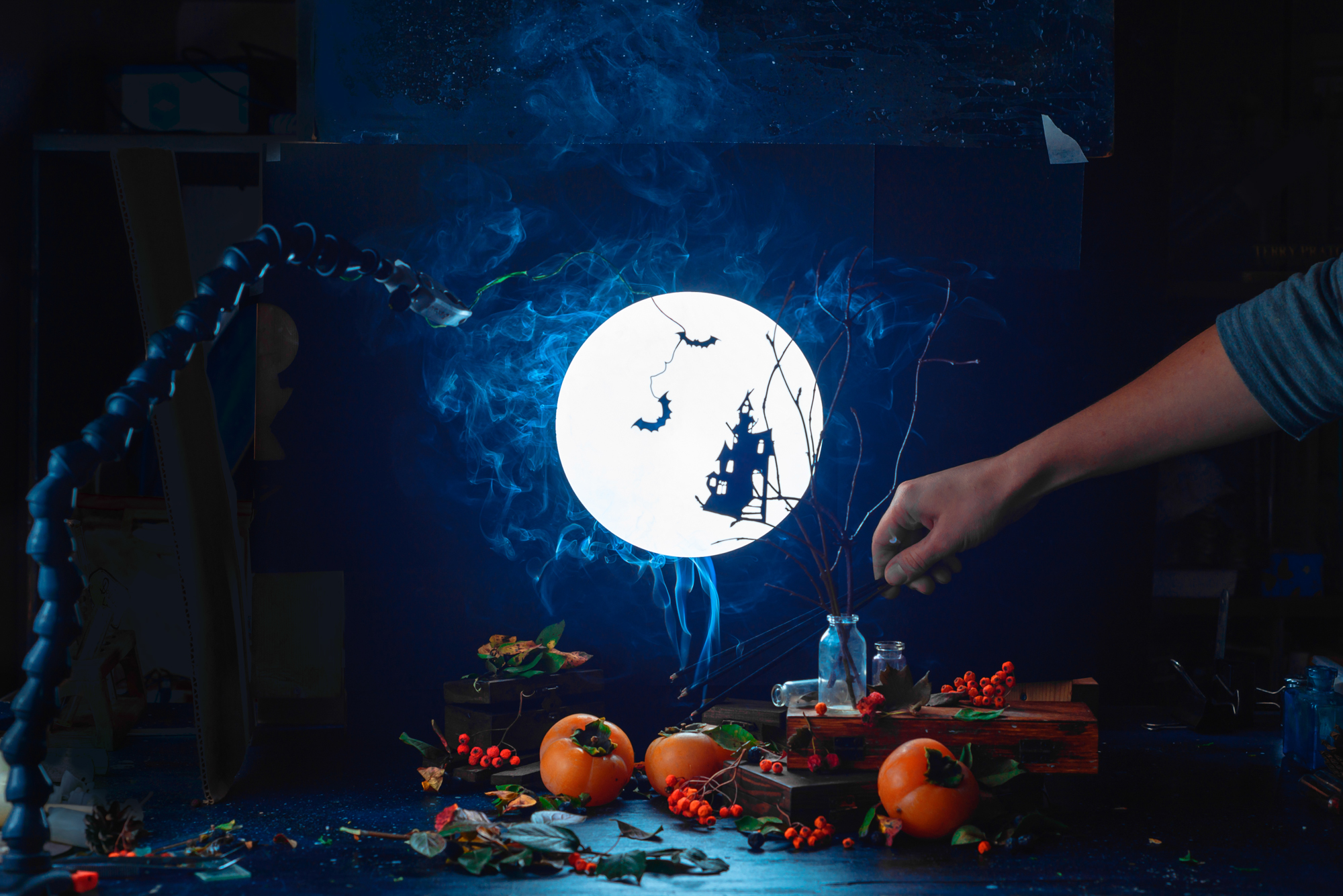 500px_blog_Halloween_still_life_smoke