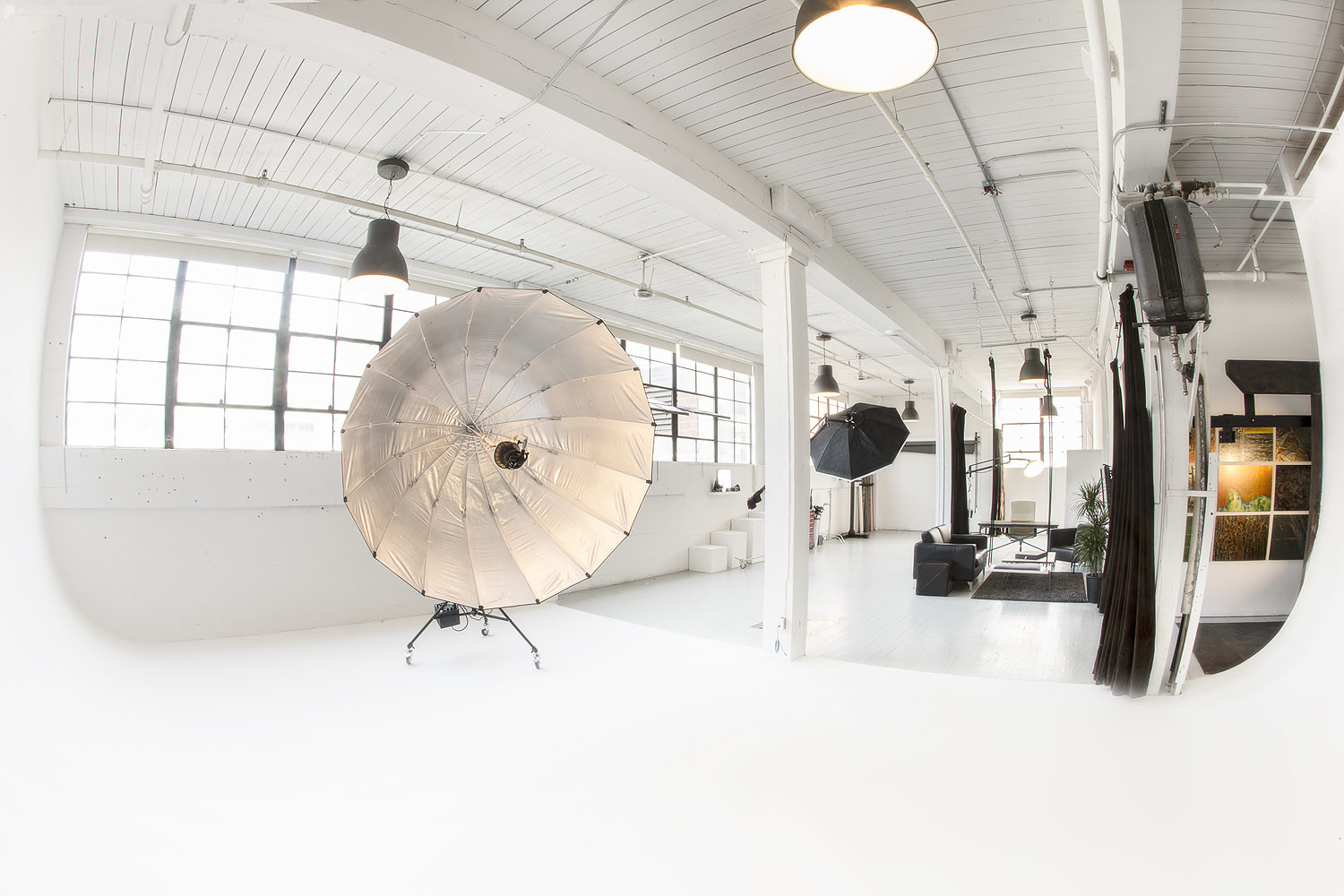 500px_peerspace_photoshoot_Seattle_studio