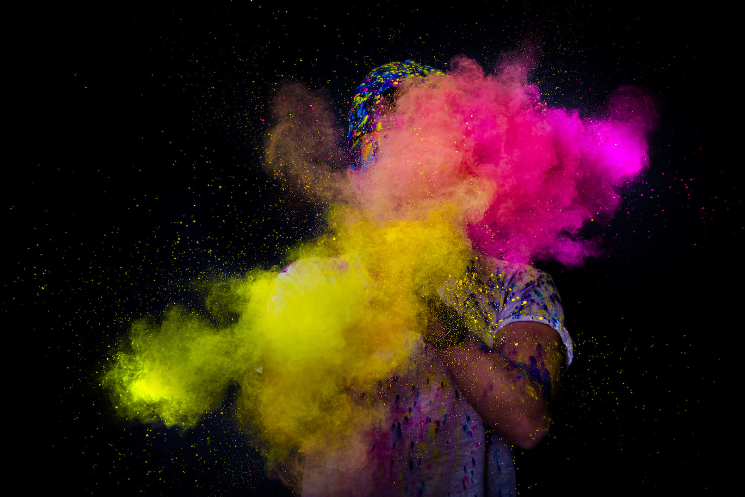 This week in Editors' Choice: Bold colors, action shots, and one-eyed subjects