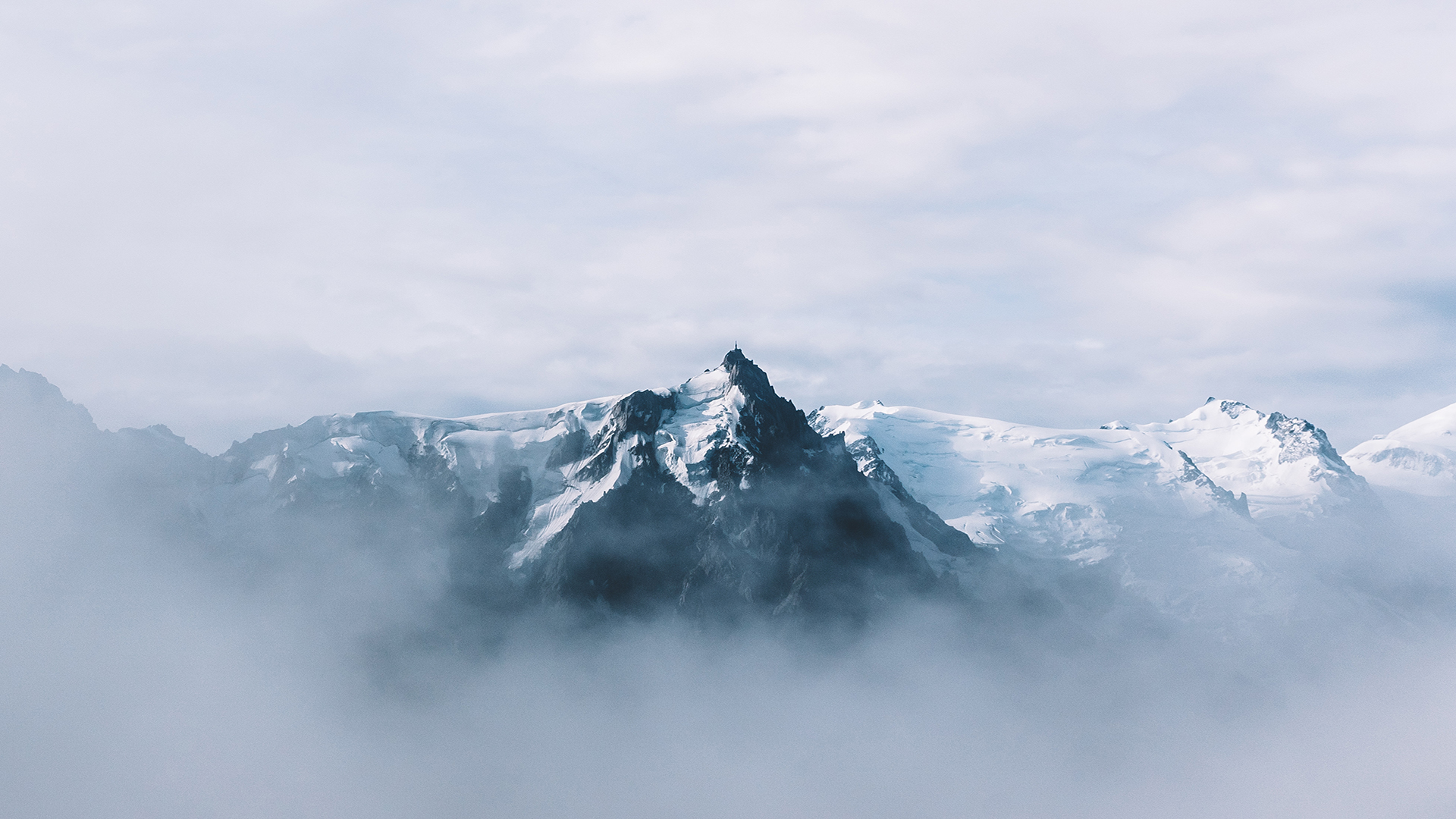 Licensing Contributor Jelle Canipel talks landscape photography and exhibiting his work alongside Michiel Pieters and Joris Put
