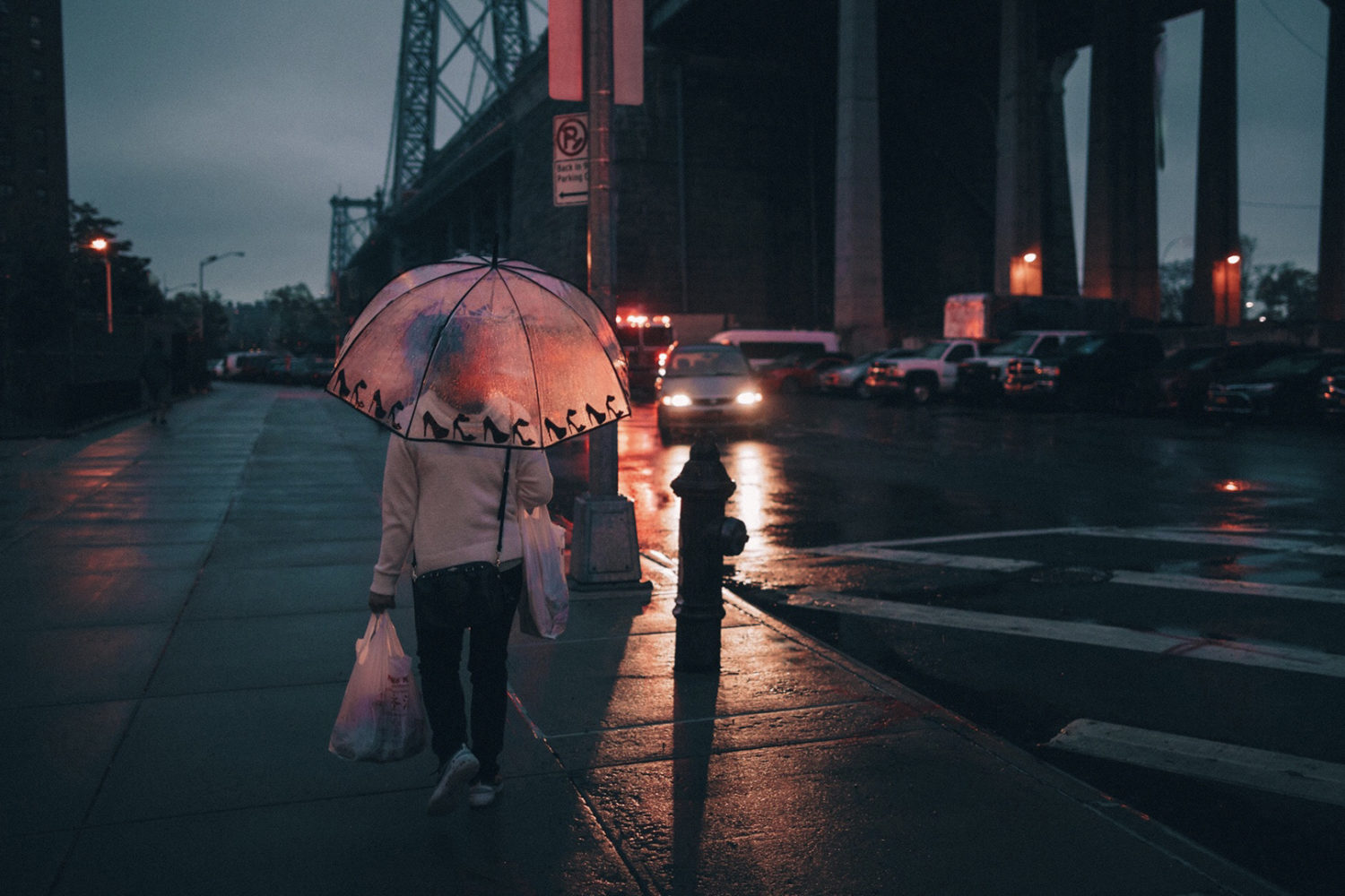 Eight tips for improving your street photography at night